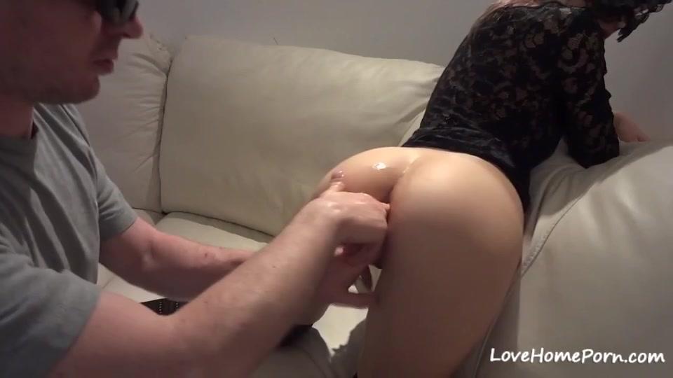 Teenie home anal movie