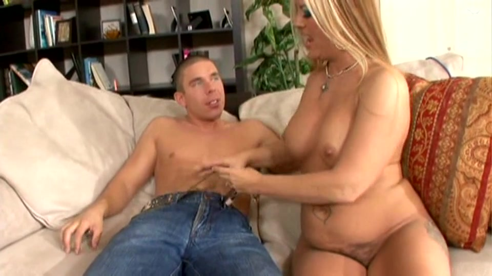 Milf video blonde