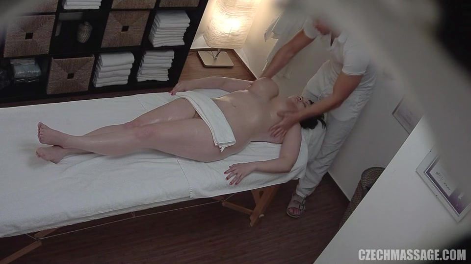 Massage Blowjob Happy Ending