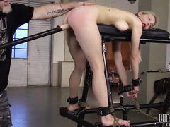 Blonde babe getting fucked by dildo machine